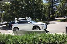 近距离观摩苹果神秘的自动驾驶车