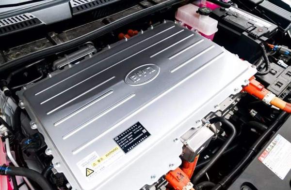 比亚迪换电池政策 6年质保期内换电池基本不花钱