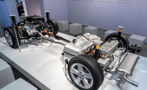 插电混动二手车保值率要高于纯电动吗