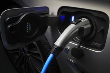 新能源汽车怎么选?动力电池是关键!