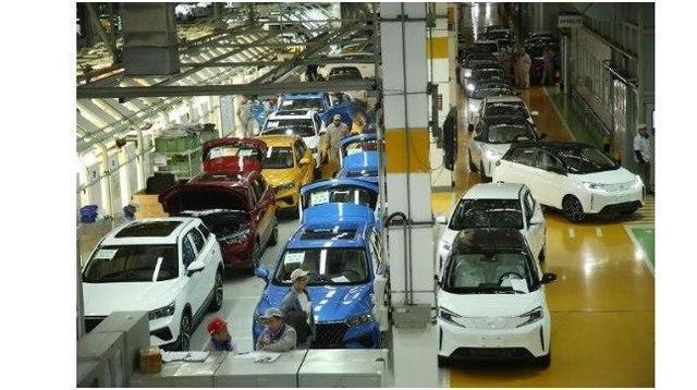 造车新势力的代工模式有利也有弊,你怎么看呢?