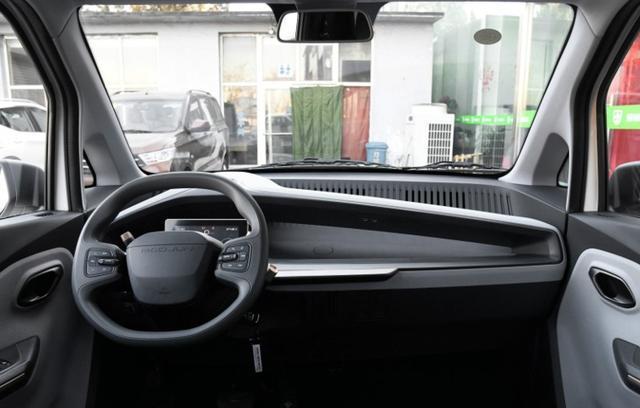宝骏E100/E200成柳州街车,背后原因是?