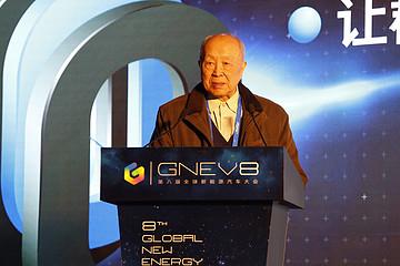 中国工程院院士杨裕生:低速电动车电池技术路线应由市场决定