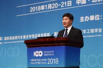 交通部副部长刘小明:推进自动驾驶和新能源汽车发展的三点意见