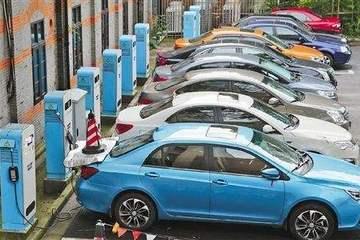 北京新能源车申请破纪录   282万人申请燃油车