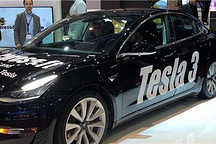 Caresoft携一辆特斯拉Model 3亮相日内瓦车展
