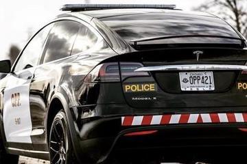 瑞士购7辆Model X当警车 节省使用和维护成本