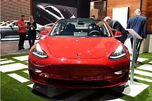 众车企对特斯拉兴趣浓 一辆Model 3现身福特园区