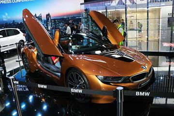 【新车驾到】宝马i8敞篷版正式亮相广州车展并接受预定