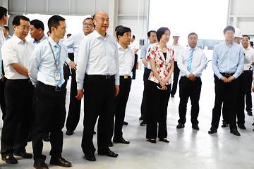雷丁200亿新能源汽车生产基地落户咸阳 陕西省长刘国中莅临指导