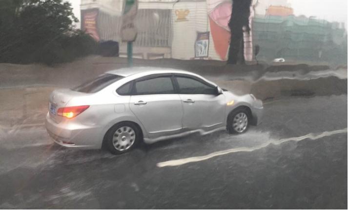 盘点雨季使用电动汽车注意事项