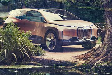 自动驾驶系统加方形方向盘,宝马电动SUV新操作,全身满满科技感