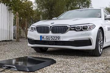 宝马的无线充电技术,安全高效便利,选择电动汽车的又一理由