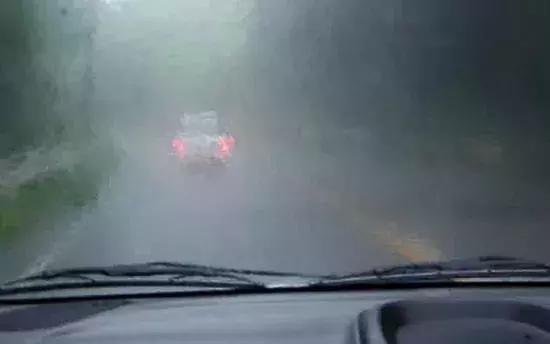 最靠谱的纯电动汽车雨季使用指南