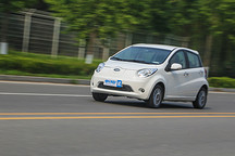试驾江淮iEV6E 品质很高且不足6万的电动车续航200km+