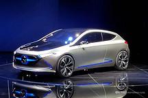 全新A级先发电动版 奔驰EQ A正式发布