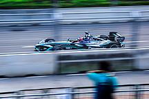 吴颖带您看 Formula E 香港站比赛 更多欢呼更少轰鸣的派对