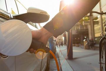 通用与本田在电池领域展开合作,中国车企能从中学到什么?