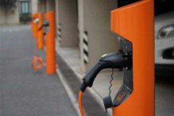 河南安阳新建三座公共充电站 预计春节前投入使用
