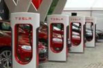 特斯拉2018年计划新增1000个充电桩,重点发展中西部地区