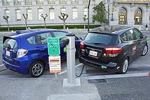"""落锁的新能源汽车""""资质门"""",锁出了""""门外客""""的大委屈"""