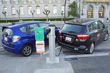 全球车企宣布电动汽车的具体数量,其实毫无意义
