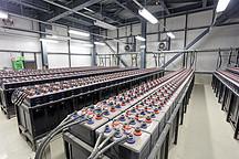 新能源汽车厂商豪赌锂电池,风口已现但产能不足