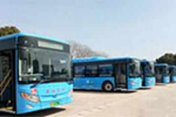 """南京溧水:16辆新能源公交车上路""""开跑"""""""