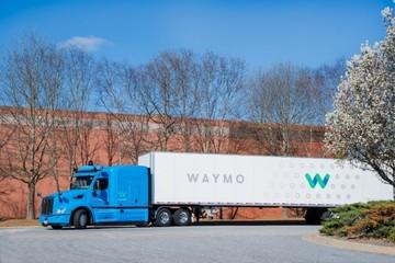 Waymo PK Uber,紧随其后将自动驾驶半挂式卡车投入试运营