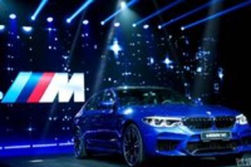 """""""西装暴徒""""全新M5上市,号称BMW家族中最快的量产四门轿车"""