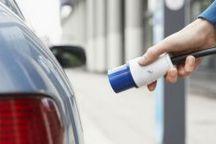 两年平淡后销量突现爆发 新能源补贴退坡刺激低速电动车销售