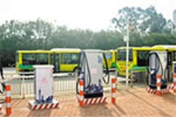 广州市环保局:力争9月底前万辆纯电动公交上路