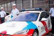 特斯拉电动跑车不仅变成了警车 现在还在卢森堡巡逻呢