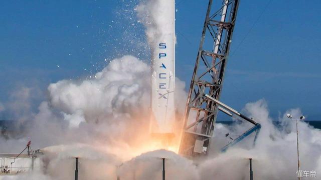 特斯拉借SpaceX网络处理数据
