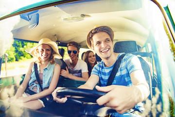 新型出行市场预计呈稳健增长,共享汽车很难独霸一方