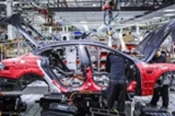 流动性风险扩大?特斯拉准备抵押生产Model 3的工厂