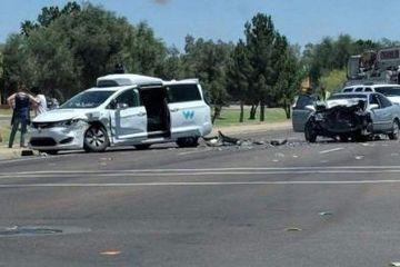 Waymo暴力突入指南:如何制服一辆完全自动驾驶故障车