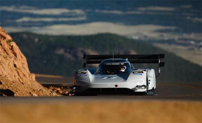 """大众为 I.D. R Pikes Peak电动赛车配置新充电系统 甘油或成""""秘密武器"""""""