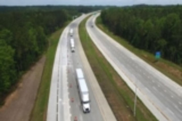 沃尔沃卡车与联邦快递在美顺利完成卡车结队技术演示