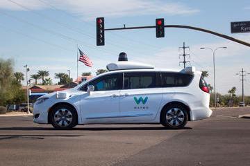"""从电动滑板车到无人驾驶汽车,谷歌已成出行领域""""超级玩家"""""""