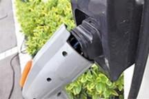 车主关注充电桩质量 充电桩:安装不难维护难