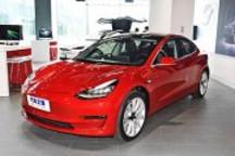 刺激营销Model 3性能版享免费超级充电