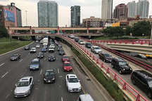 美国环保署对冻结燃油效率标准能减少交通死亡人数提出质疑