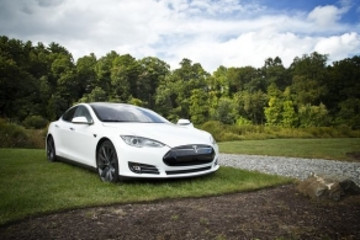 Model3周产量冲高后又跌回,特斯拉第三季度要盈利还有难度