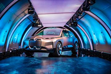 宝马概念车BMW Vision iNEXT亮相北京,2021年投入量产