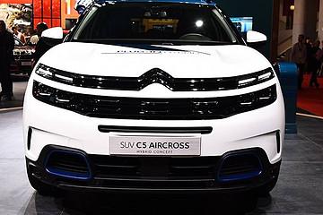 纯电续航 50 公里 C5 AIRCROSS PHEV 亮相巴黎车展