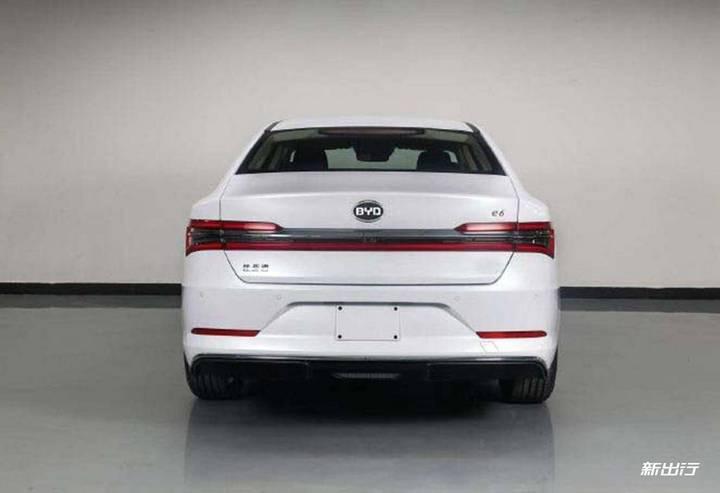 秦Pro EV500 的换名版?比亚迪全新 e6 申报图曝光
