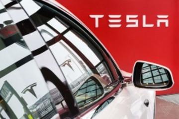 特斯拉官网不再推出全自动驾驶汽车