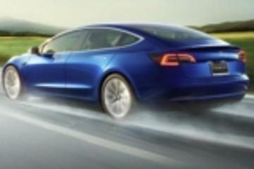 特斯拉自动驾驶达10亿英里里程碑