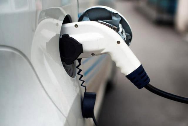 补贴退坡前夜新能源车销售火爆 经销商:年底拼的不是价格是车源